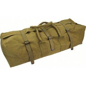 Beklædning og tasker